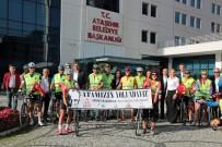 KALENDER - Ataşehir'den Bisikletleriyle Ata'yı Anmaya Gittiler