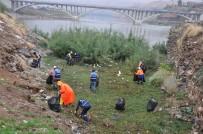 Cizre'de Temizlik Çalışmaları Devam Ediyor