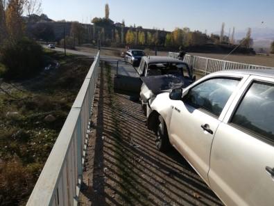 Kahramanmaraş'ta Trafik Kazası Açıklaması 3 Yaralı