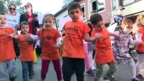 LÖSEV'liler, Beşiktaş'ta Maskeli Farkındalık Yürüyüşü Yaptı