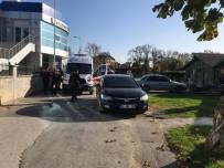 Sakarya'da İki Kadın Kavga Etti Açıklaması 2 Yaralı