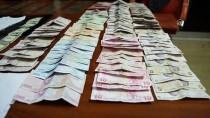 Sivas'ta Dilencinin Üzerinden 2 Bin 280 Lira Çıktı