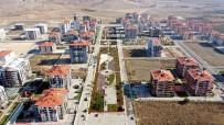 ISPARTA BELEDİYESİ - Çünür Yenişehir'e 37 Bin Metrekarelik Yaşam Ve Spor Alanları