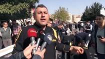 GUINNESS REKORLAR KITABı - Kahramanmaraş'ta 46 Metrelik Kebap Saniyeler İçinde Tükendi
