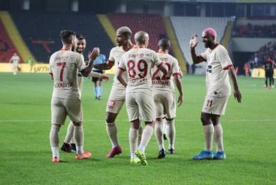 Ligdeki İlk Maç Galatasaray'ın