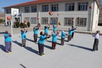 BASKETBOL MAÇI - Şalvarlı Kadınlar Hayatlarında İlk Kez Basketbol Oynadı