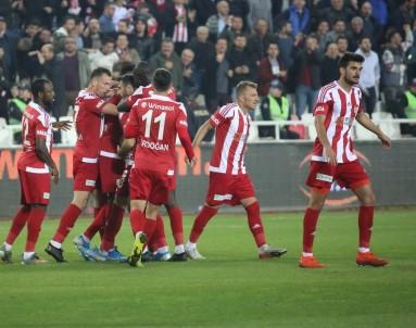 Süper Lig Açıklaması D.G. Sivasspor Açıklaması 2 - İ.H. Konyaspor Açıklaması 0 (Maç Sonucu)