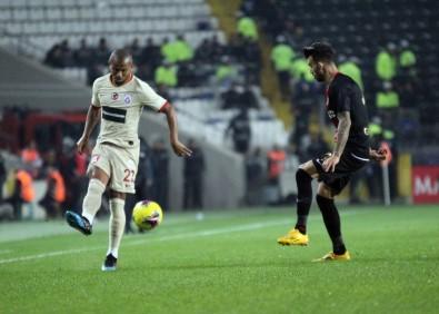 Süper Lig Açıklaması Gaziantep FK Açıklaması 0 - Galatasaray Açıklaması 2 (İlk Yarı)