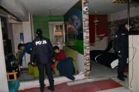 Balıkesir'de Polis 5 Aranan Şahıs Ve 2 Silah Ele Geçirdi