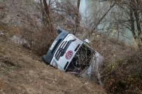 Hentbol Takımını Taşıyan Minibüs Kaza Yaptı Açıklaması 2 Ölü, 15 Yaralı