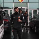 HAKAN ARıKAN - Kayserispor Kafilesinde 21 Futbolcu Yeraldı