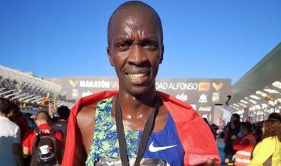 Valencia Maratonu'nda Kaan Kigen Özbilen'den Rekor