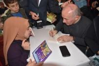 KITAP FUARı - Ahmet Şimşirgil'e Kitap Fuarında Yoğun İlgi