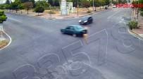 Bu Araçtan Sağ Çıkılmaz Dedirten Kazada İnanılmaz Görüntü