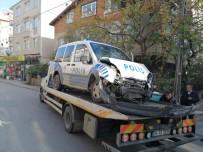 Kaçan Sürücüyü Kovalayan Polis Otosu Kaza Yaptı Açıklaması 1 Polis Yaralı