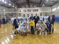 KAĞıTSPOR - Kağıtspor Voleybol 8. Galibiyetini Aldı