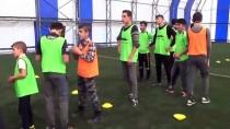Muş'ta Sevgi Evlerinde Kalan Çocuklar Futbol Takımı Oluşturdu
