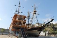 Yazın Binlerce Turisti Taşıyan Tekneler Yeni Sezona Hazırlanıyor