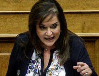 Yunan eski bakandan kendi ülkesine uyarı!