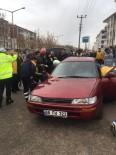ALPARSLAN TÜRKEŞ - Aksaray'da Minibüsle Otomobil Çarpıştı Açıklaması 5 Yaralı