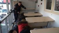 Bursa'da Öğrenciler 7.4 İle Sallandı