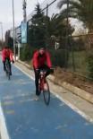 (Özel) Genç Kızın Bisiklet Sürücüsü Tarafından Saldırıya Uğradığı Anlar Kamerada