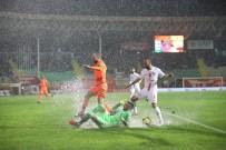 CEYHUN GÜLSELAM - Süper Lig Açıklaması  Alanyaspor Açıklaması 0 - Antalyaspor Açıklaması 0 (İlk Yarı)