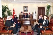 ADıYAMAN ÜNIVERSITESI - Üniversite Öğrencileri Vali Aykut Pekmez'e Ziyaret