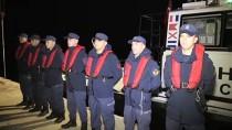 HAMİLE KADIN - AA, Sahil Güvenlik Ekiplerinin Düzensiz Göçle Mücadelesini Görüntüledi