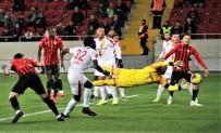 CÜNEYT ÇAKıR - Süper Lig Açıklaması Gençlerbirliği Açıklaması 2 - Göztepe Açıklaması 1 (İlk Yarı)