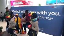 DANS GÖSTERİSİ - Afrikalı Yetim Ve Öksüz Çocuklardan Oluşan Dans Grubu Türkiye'ye Geldi