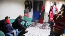 Ağrı'da İhtiyaç Sahipleri 'Kara Kış'ta Türk Kızılay Yardımlarıyla Isınıyor