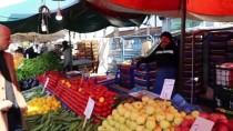 Bolu'da İhtiyaç Sahipleri İçin Meyve Ve Sebze Tezgahı Kuruldu