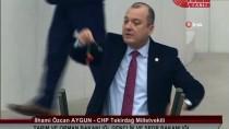 KANUN TEKLİFİ - CHP Milletvekili Aygün, Kürsüye Simit, Altın, Soğan Ve Patates İle Çıktı