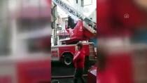 Güngören'de Tekstil Atölyesinde Çıkan Yangın Söndürüldü