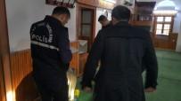 CAMİ İMAMI - Hırsızların Hedefinde Bu Kez De 590 Yıllık Cami Vardı