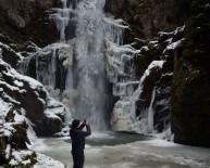 GÜMÜŞDERE - Kış Mevsiminde Şelaleler Hayran Bırakıyor