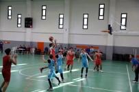 BAŞAKŞEHİR BELEDİYESİ - Başakşehir Belediyesi Gençlik Oyunları'nda Çifte Heyecan