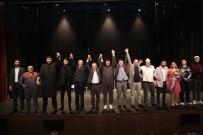 Küçükçekmeceli Esnaflar Tiyatro Sahnesinde