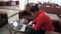 Milli Boksör Busenaz Sürmeneli, AA'nın 'Yılın Fotoğrafları' Oylamasına Katıldı