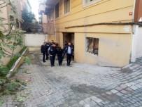 'Nakliyeciyiz' Diyerek Piyasadan Milyonluk Vurgun Yapan Şebeke, Polise Yakalandı