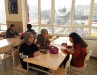 Öğrencilere Ücretsiz Çorba Dağıtımı Devam Ediyor