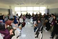 3 Ülkeden 48 Katılımcı Buhara Kültür Merkezi'ni Gezdi