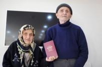 80'Lik Çift Yıldırım Nikahı İle Evlendi