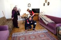 AKSARAY BELEDİYESİ - Aksaray Belediyesi Yaşlıların Evlerini Temizliyor