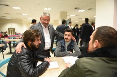 Başkan Aşkın'dan Üniversite Öğrencilerine Moral Ziyareti