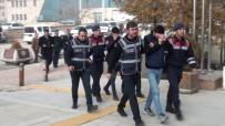 GÜVENLİK SİSTEMİ - Çalıntı Otomobil İle Mazot Çalan  2 Şüpheli Yakalandı