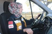 AMBULANS ŞOFÖRÜ - Kadın Ambulans Şoförü Yollara Ve Zamana Meydan Okuyor