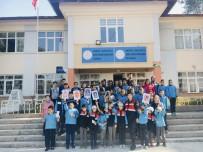 TRAFİK EĞİTİMİ - Kadın Subaydan Öğrencilere Trafik Eğitimi