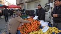 KARNABAHAR - Soğuk Havalar Denizli'de Pazar Tezgahlarını Olumsuz Etkiledi